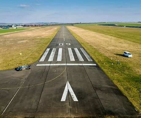 airport - 5 Reasons that Chartering a Jet for Business Travel is Better